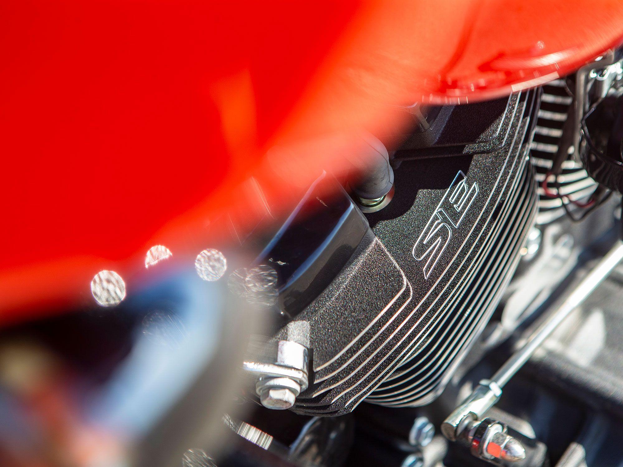 """SE,"" for Screamin' Eagle, adorns a cooling fin of each cylinder."
