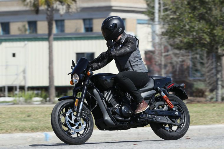 Surprising 2017 Harley Davidson Street Rod First Ride Review Cycle World Pabps2019 Chair Design Images Pabps2019Com