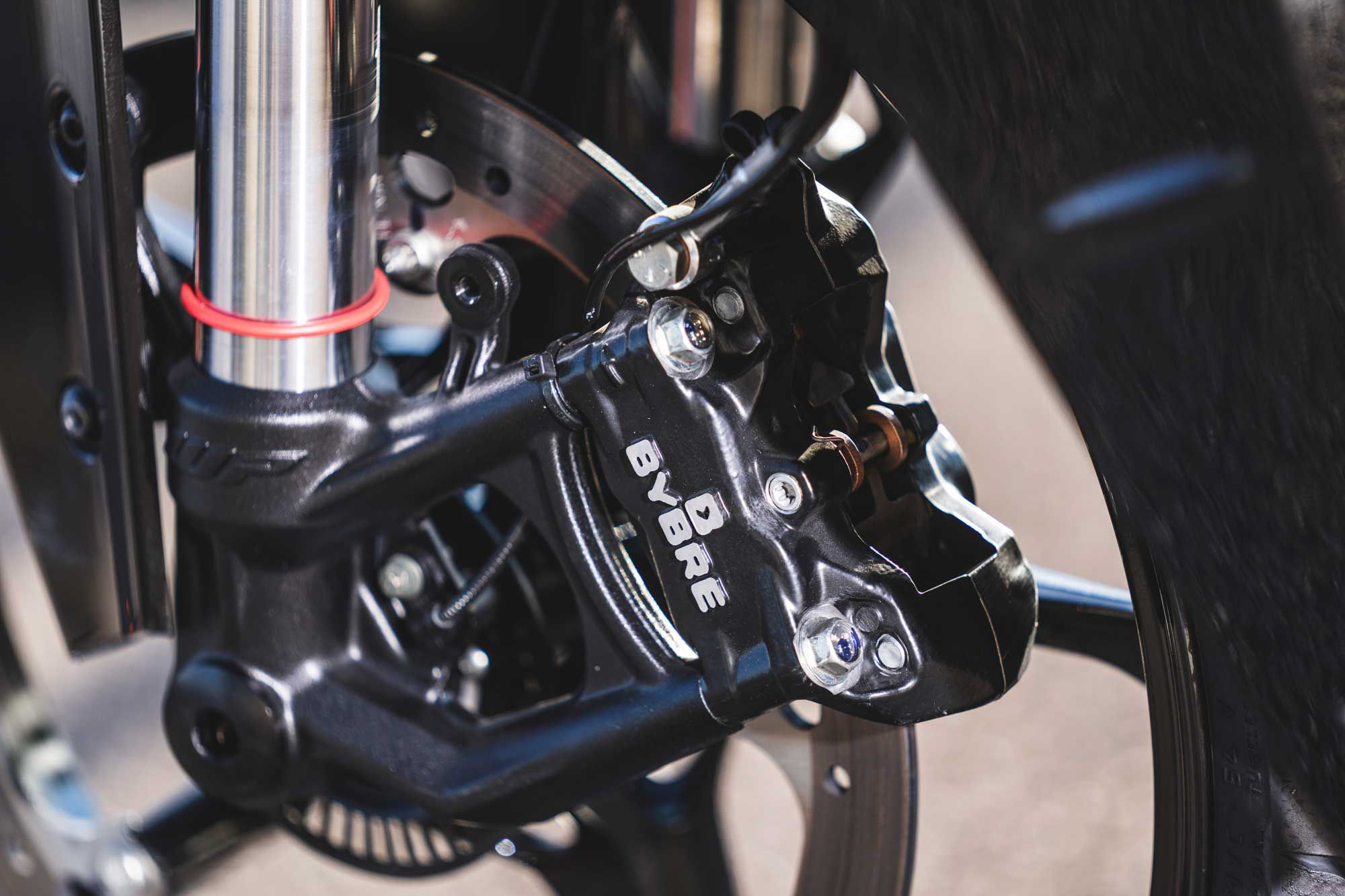 A new set of radial-mounted ByBre braking components adds stopping power to the 2022 RC 390. Lean-angle-sensitive cornering ABS is a highlight of the system.