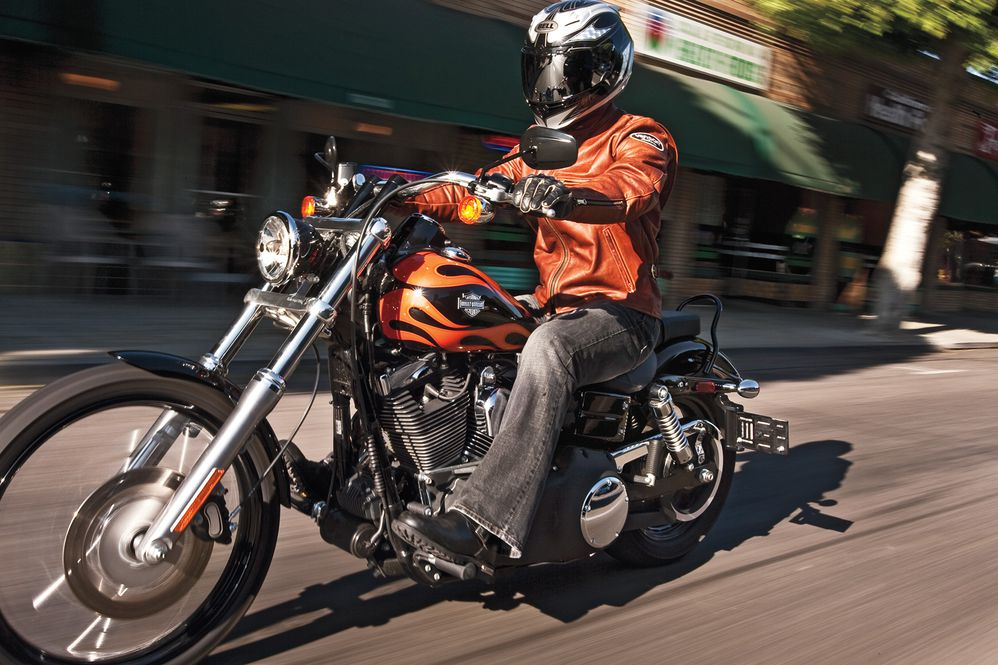 Harley-Davidson Wide Glide Cruiser Motorcycle Review Road