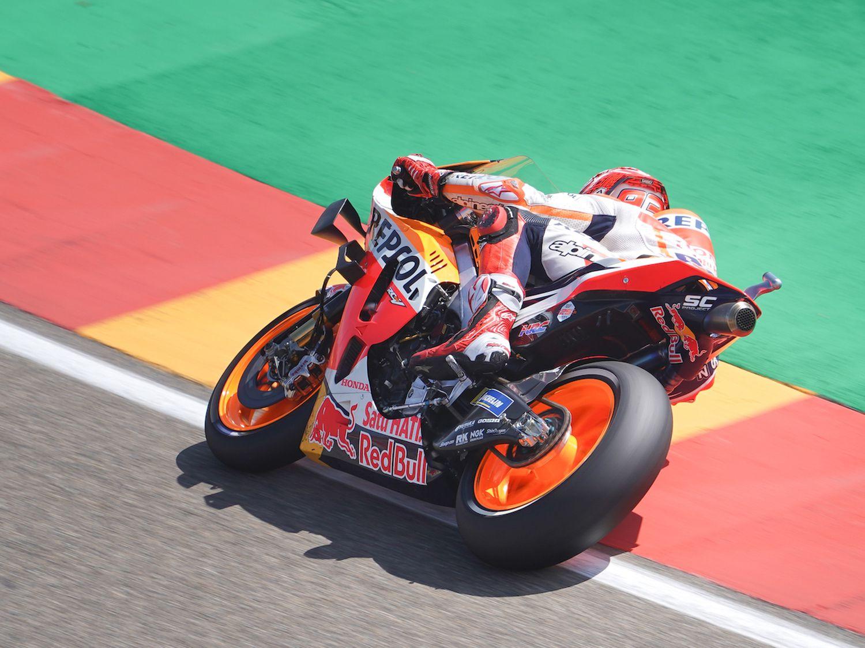 How Does Márquez Rank Towards Rossi After 200 MotoGP Begins?
