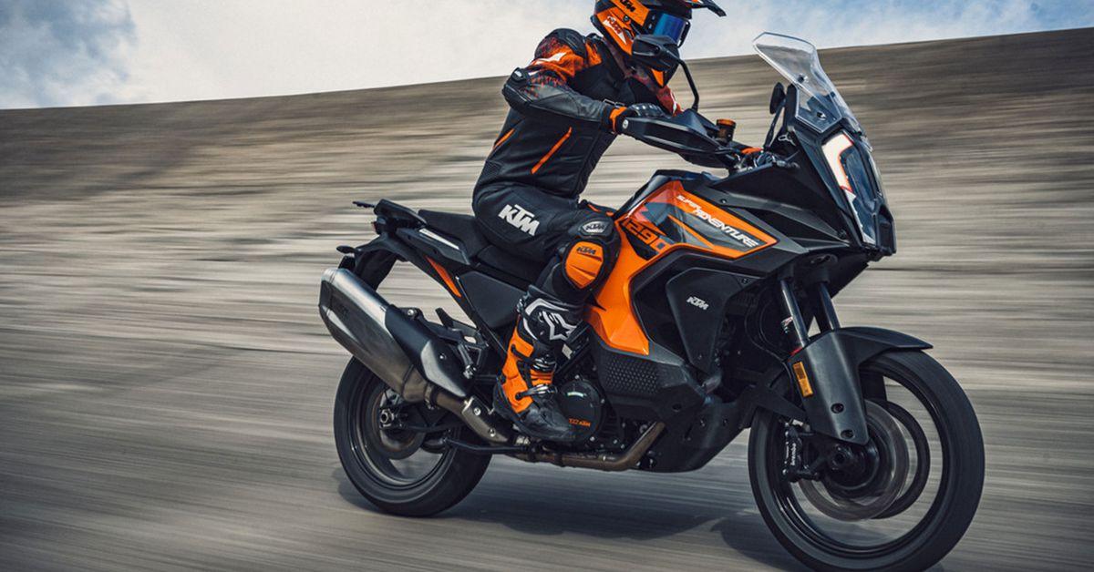 2021 KTM 1290 Super Adventure S First Look