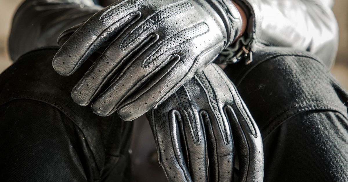 5 Motorcycle Gloves For Warm Weather