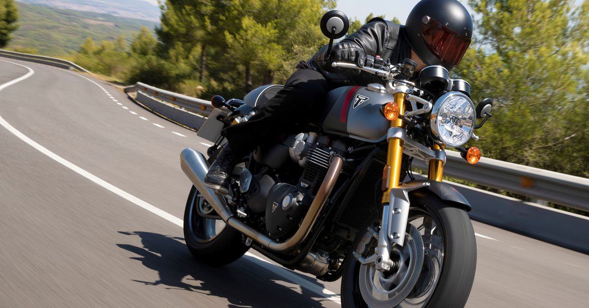 Distinguished Gentleman's Ride Goes Solo In 2020