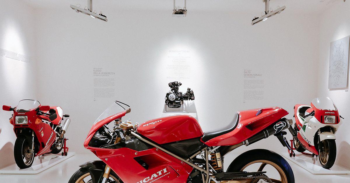 Massimo Tamburini's Personal Ducati 916 On Display