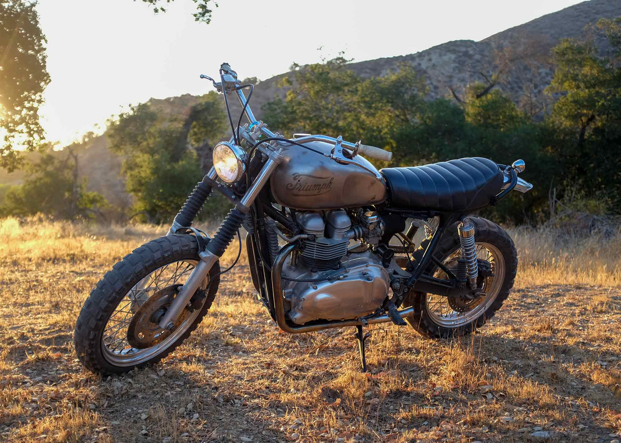 """This weekend's weapon of choice: the author's 2003 Triumph Bonneville, affectionately dubbed """"El Trineo,"""" Spanish for """"The Sled,"""" in homage to its dirt-bound predecessors."""