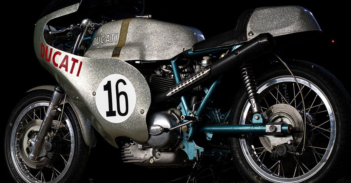 Riding A Real Factory 1972 Ducati 750 Imola Racebike