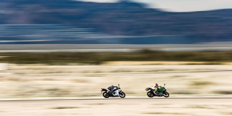 2019 Yamaha Yzf R3 Vs Kawasaki Ninja 400 Cycle World
