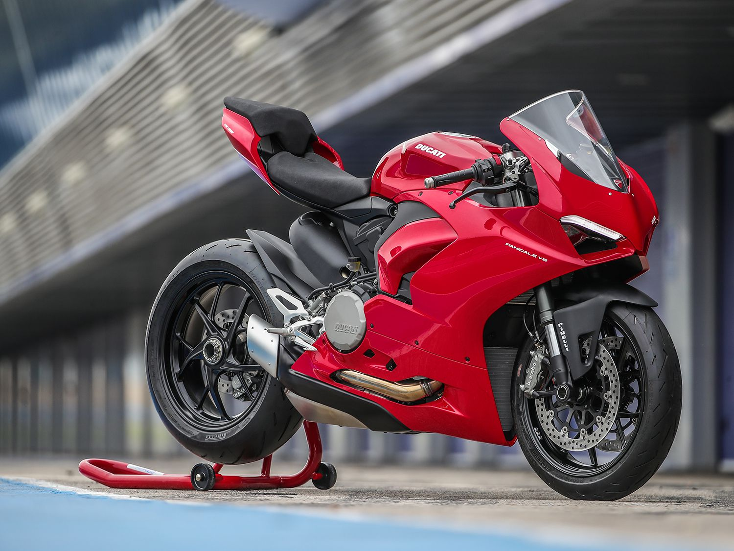 The V2 is a lower cost of entry to the Ducati Panigale family, pricing in at $16,495 in the United States.