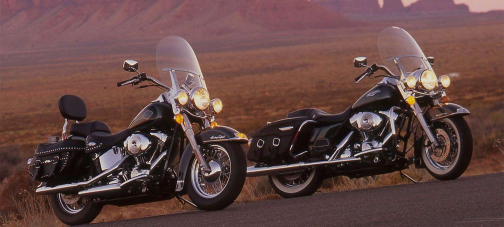 Big Twin Shootout Between the 2000 Harley-Davidson Road King and The