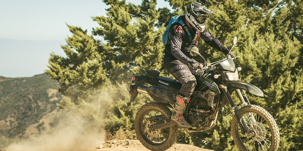2018 Kawasaki KLX250 Review | Cycle World