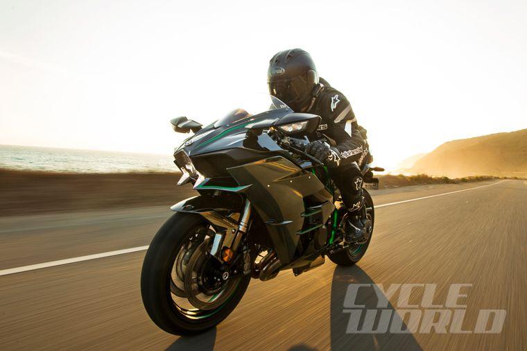 2015 Kawasaki Ninja H2 Superbike Road Test Review Specs