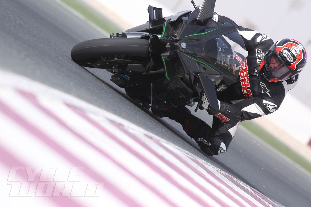 2015 Kawasaki Ninja H2 and H2R Superbike Motorcycle Review | Cycle World