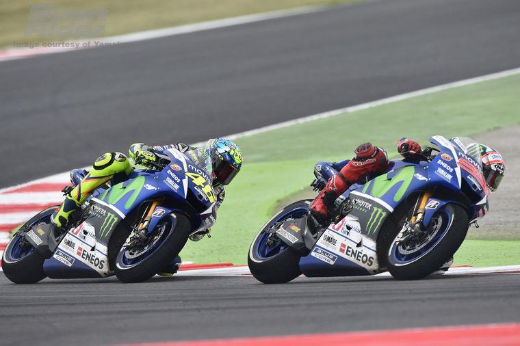 Motogp Will Valentino Rossi Or Jorge Lorenzo Win The 2015