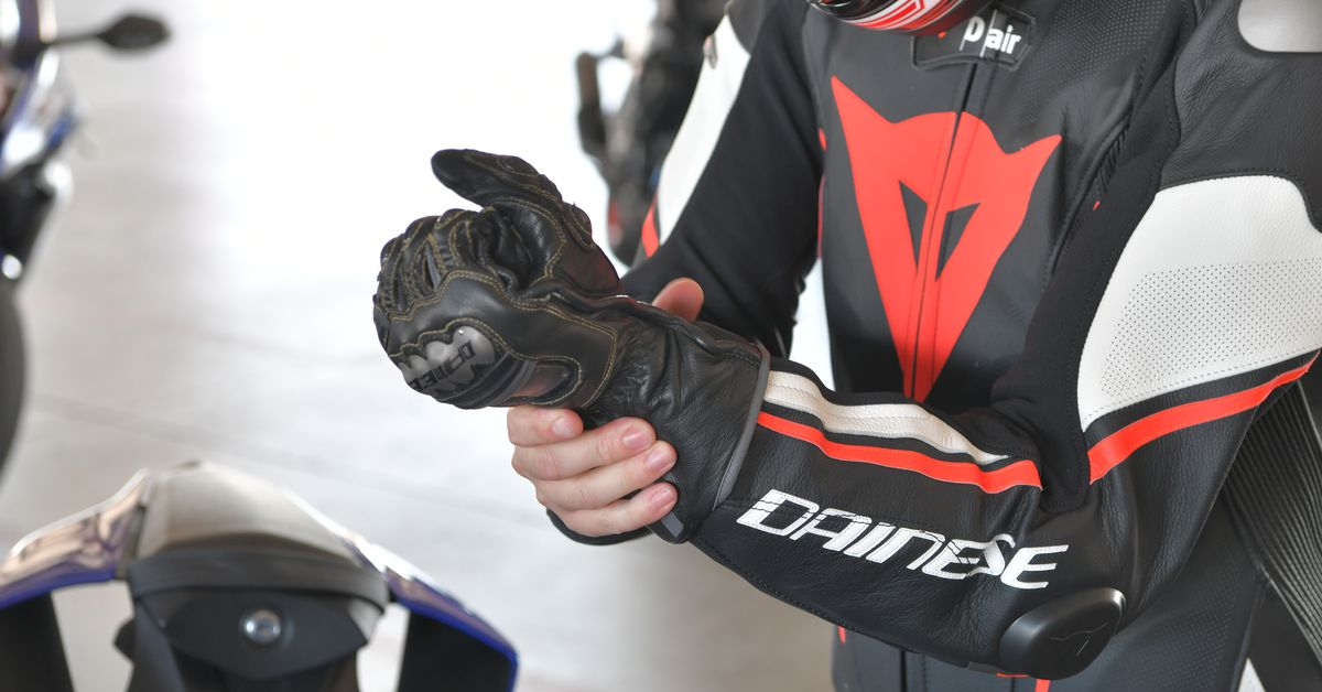 Dainese Misano 2 D-Air Perf. 1PC Suit Review