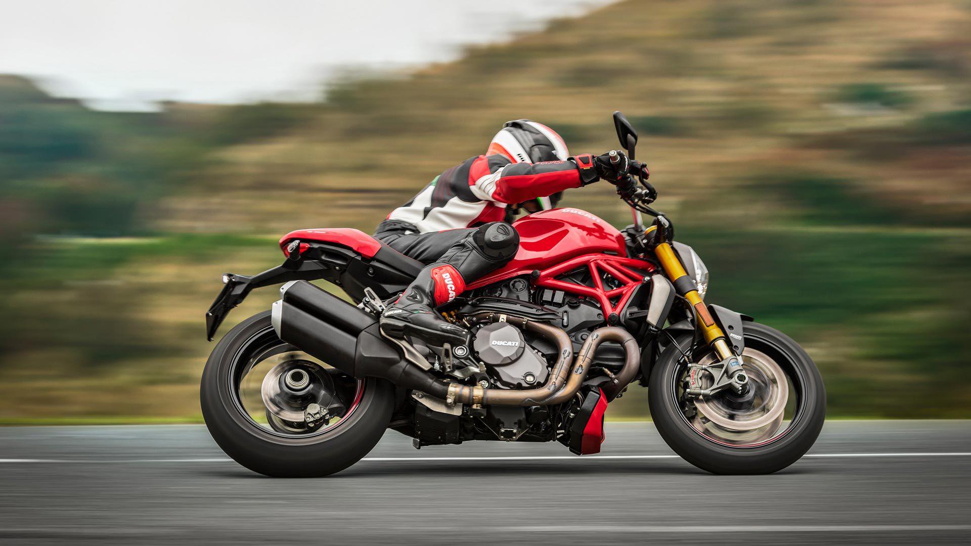2021 Ducati Monster 1200 S.