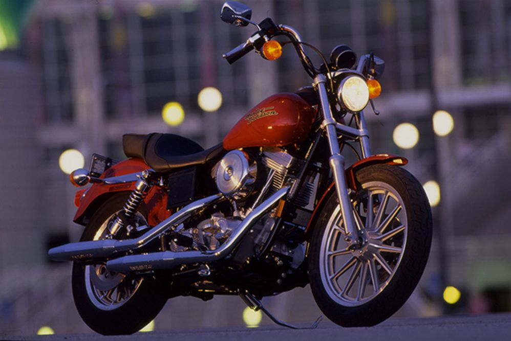 Riding Impression Of The 1998 Harley-Davidson FXD Dyna Super