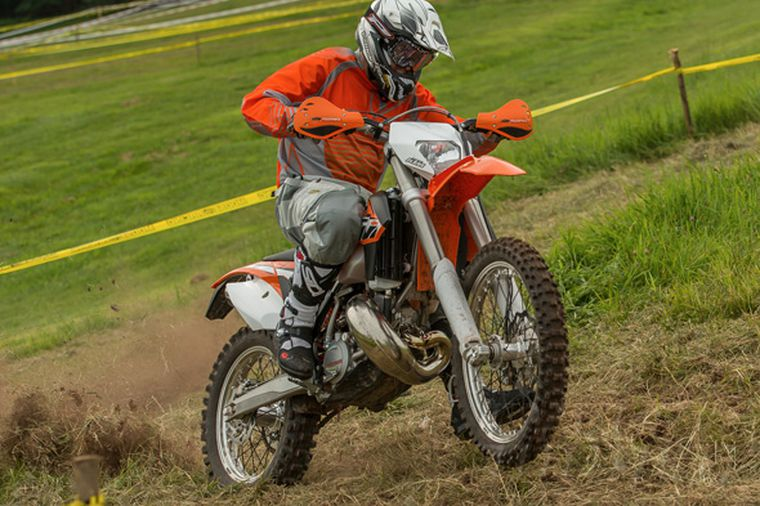 Admirable 2014 Ktm 200 Xc W First Ride Review Photos Pricing Cycle Pabps2019 Chair Design Images Pabps2019Com
