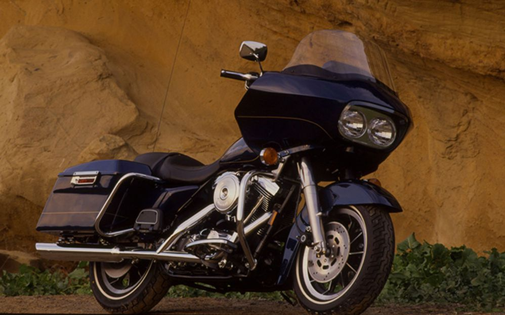Riding Impression Of The 1998 Harley-Davidson FLTRI Road