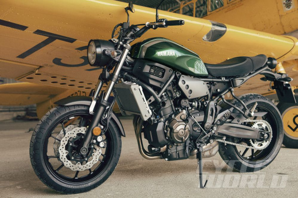 Yamaha XSR700 FIRST LOOK Naked Motorcycle Review- Specs