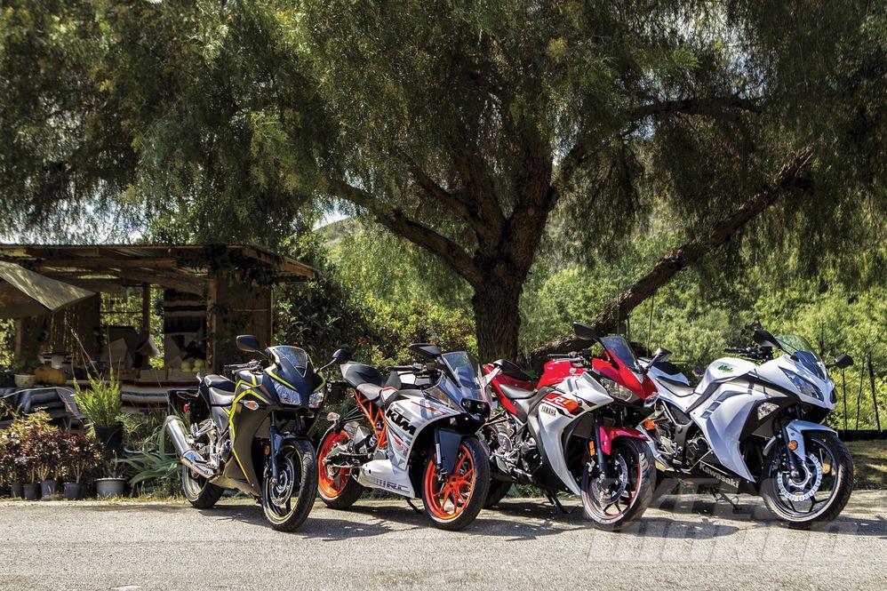Honda CBR300R vs Kawasaki Ninja 300 vs KTM RC390 vs Yamaha