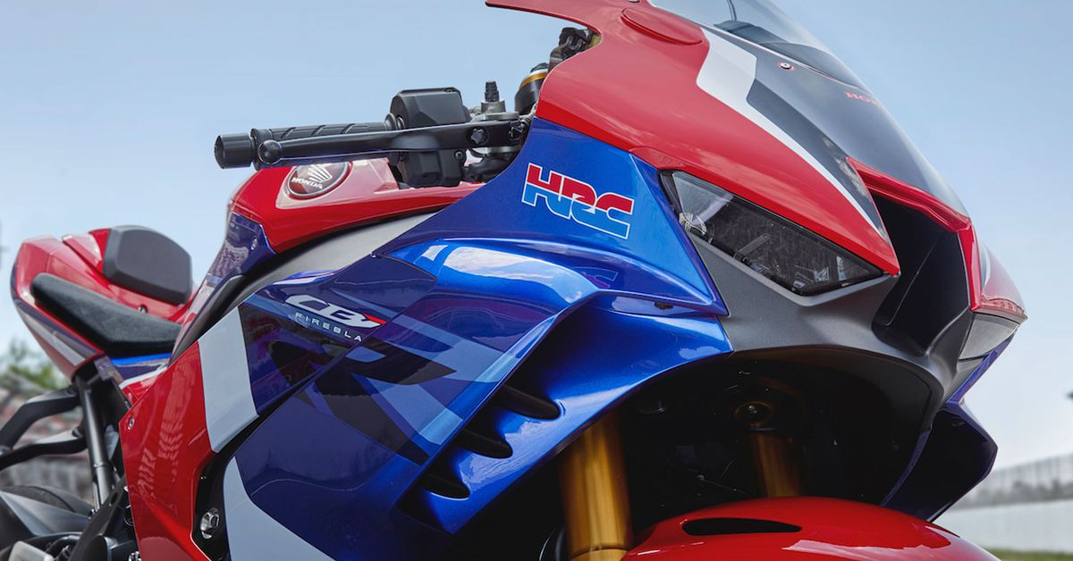 2021 CBR1000RR-R Is Honda's Response To The Ducati V4 R