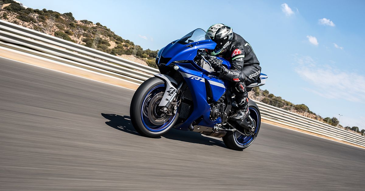 2020 Yamaha YZF-R1 And YZF-R1M First Ride Review
