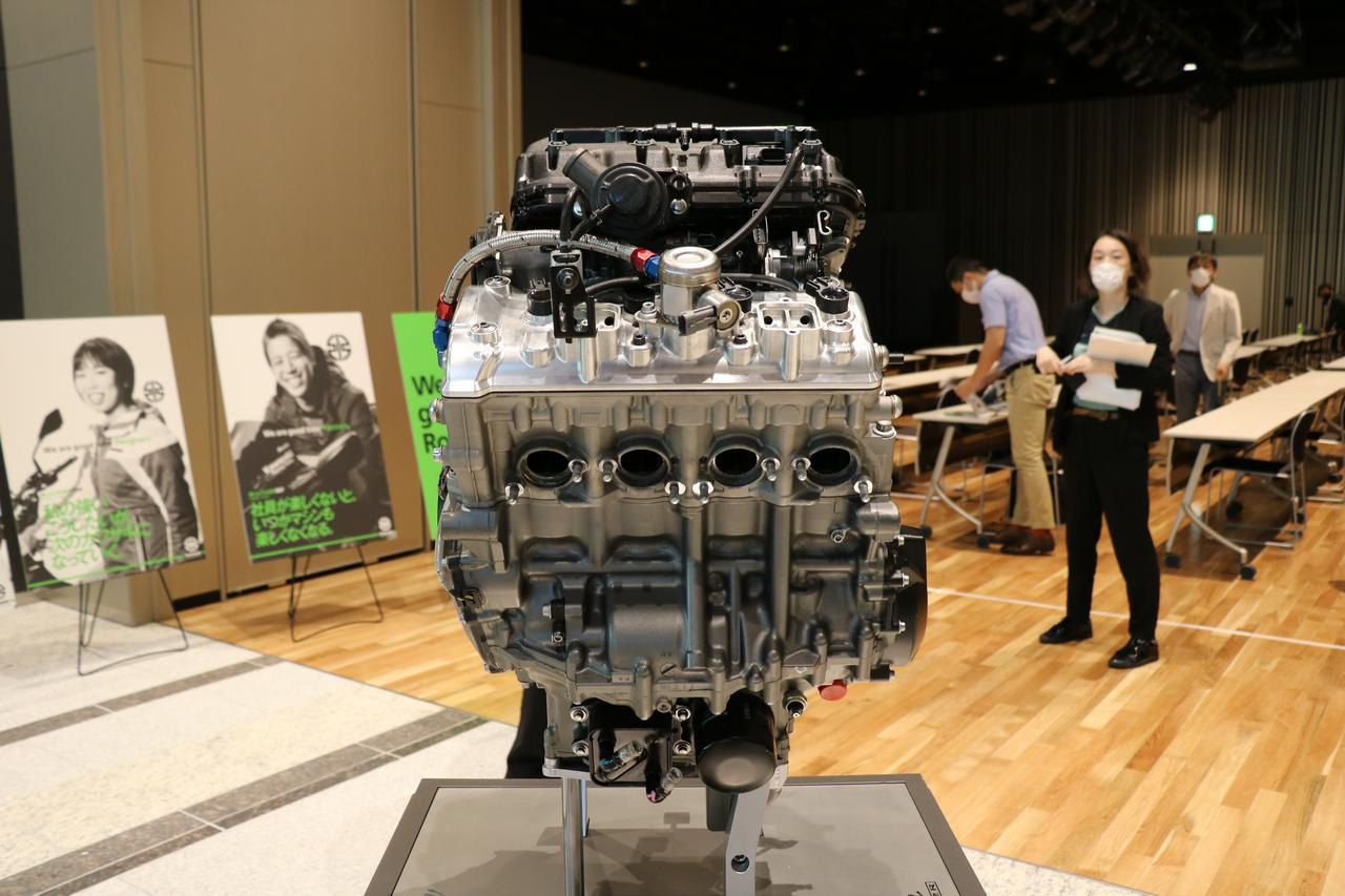 Direct injection is essential to a hydrogen-fueled combustion engine, and combined with a supercharger, could be even more powerful than the gas-powered equivalent.