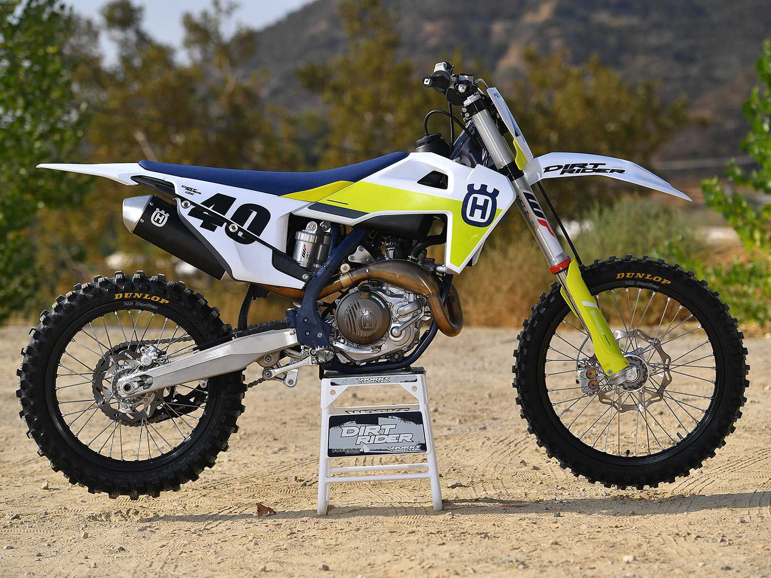 One of the big updates the FC 450 and the rest of Husqvarna's full-size motocross lineup received for MY21 is a lowered chassis. This was achieved by shortening the fork tubes and revising the shock linkage.
