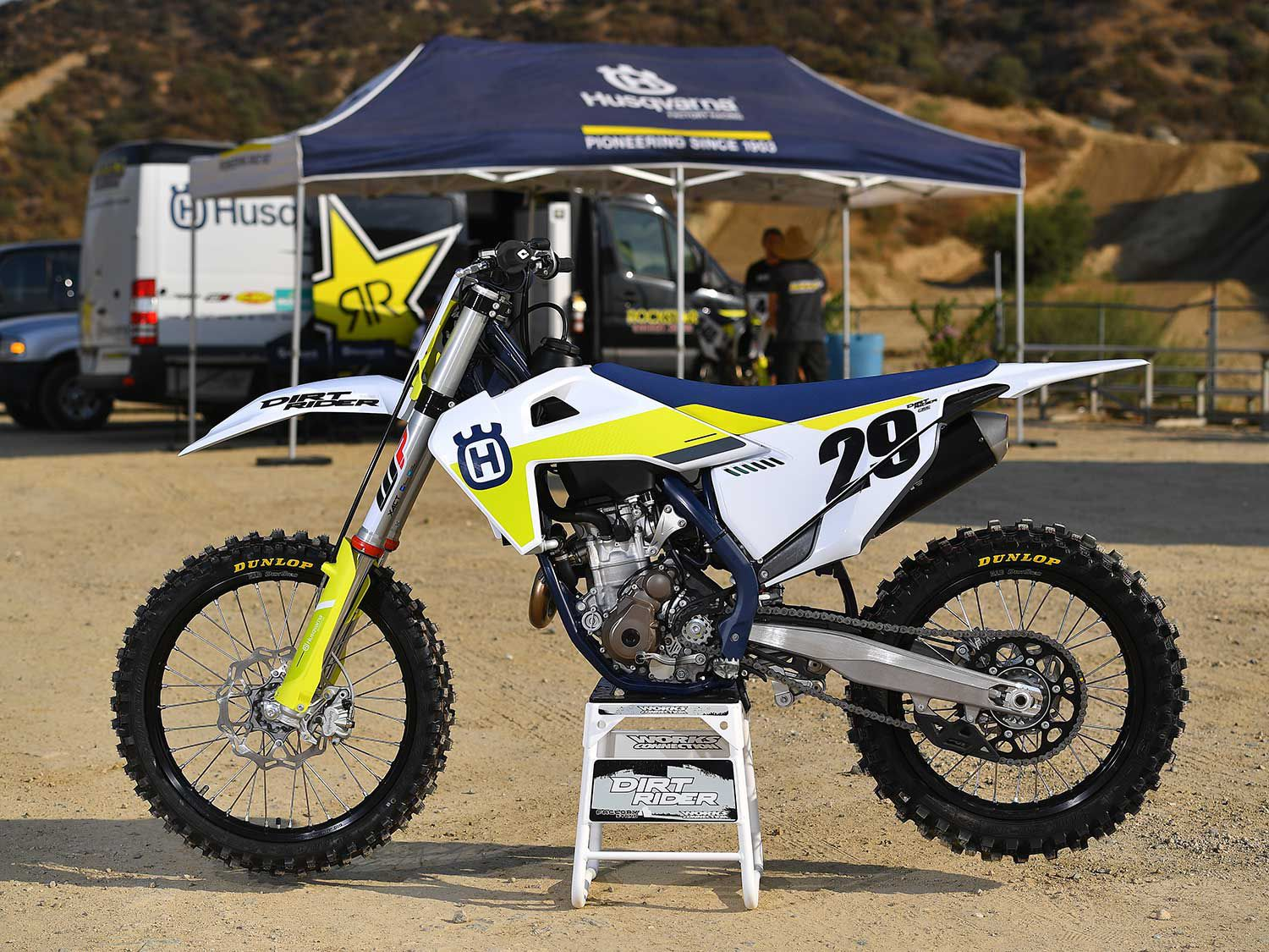 With shorter fork cartridges and outer tubes along with a revised shock linkage, the 2021 FC 350 is 10mm lower than the prior year model. The claimed seat height is 37 inches.