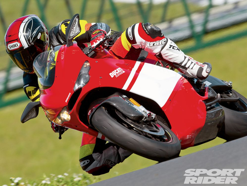 Ducati Desmosedici RR - The Firebreather | Cycle World