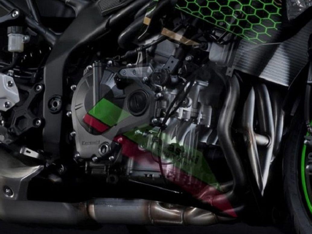 249cc DOHC inline-four