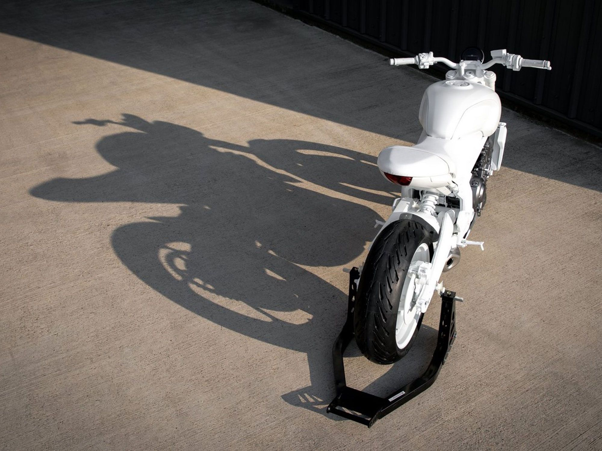 The overall proportions hint at an accessible, upright riding position and a slimmed-down stance.