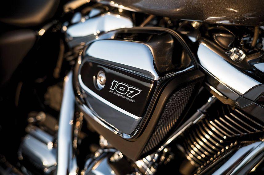 Harley-Davidson Evolution V-Twin Motorcycles - HISTORY OF THE BIG