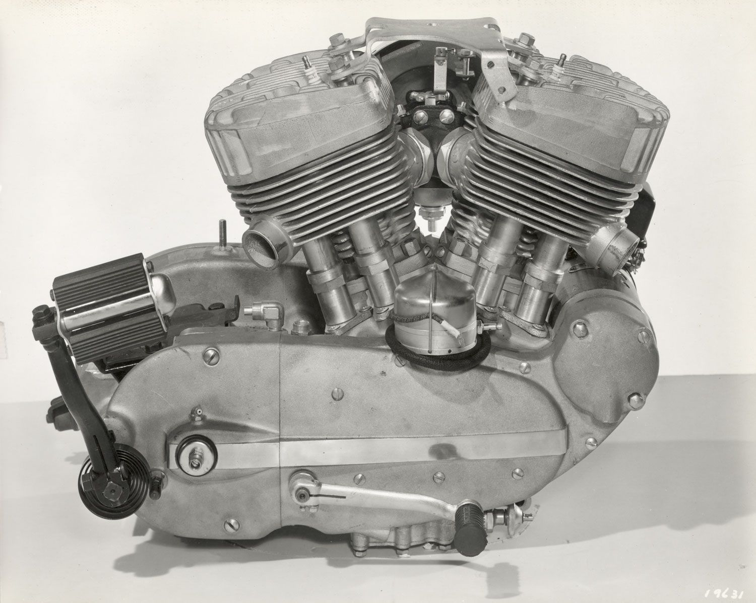 The flathead configuration of the K series eventually gave way to OHV.