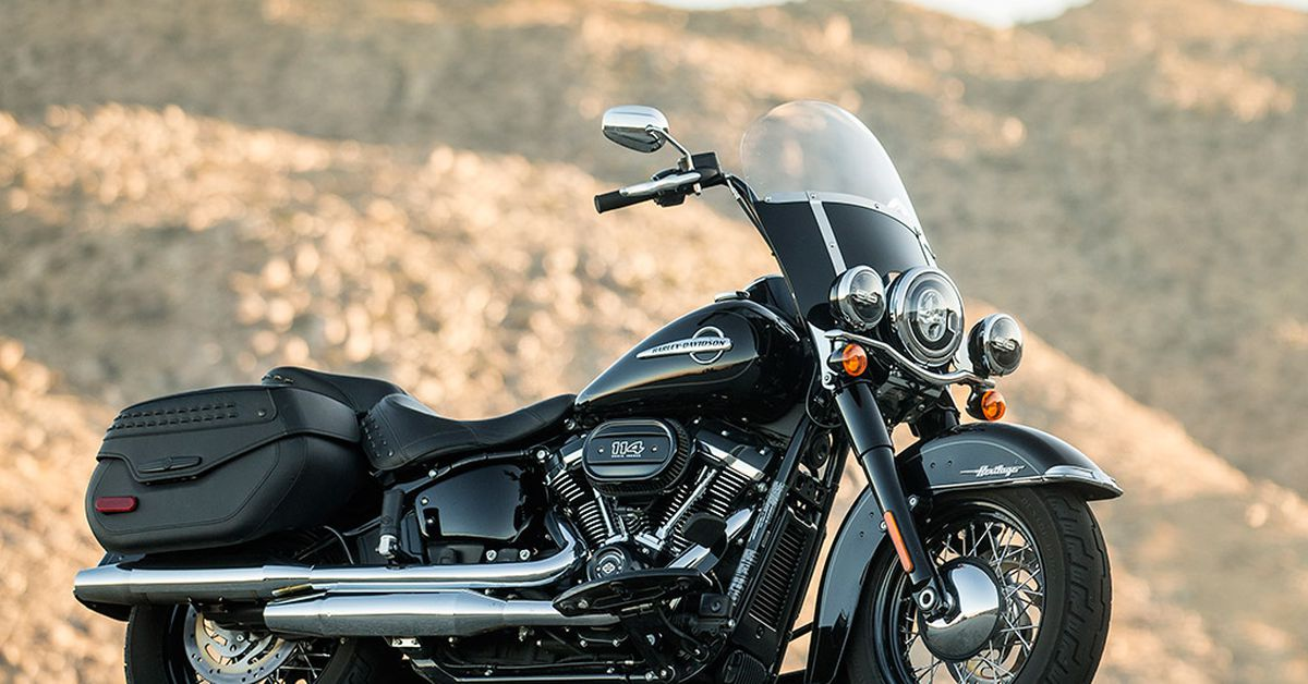 2018 Harley-Davidson Softail Heritage Classic 114 Review ...