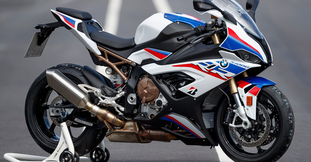 2020 BMW S1000RR First Ride