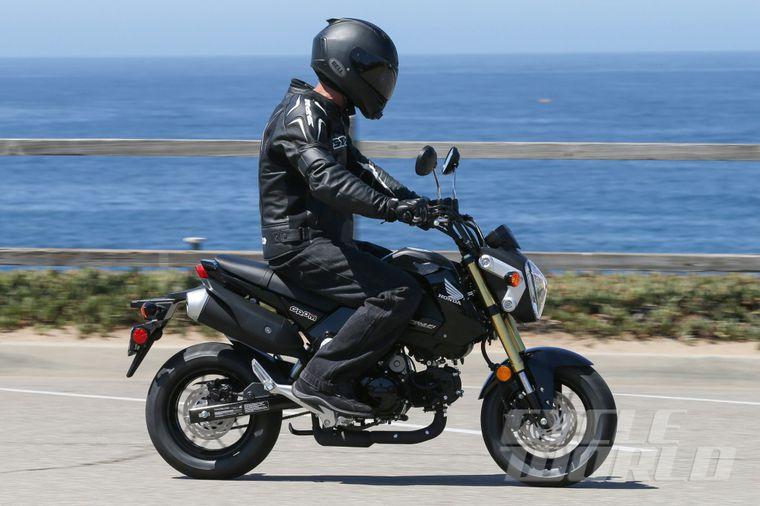 Honda Grom Review >> 2014 Honda Grom 125 First Ride Review Photos Specs