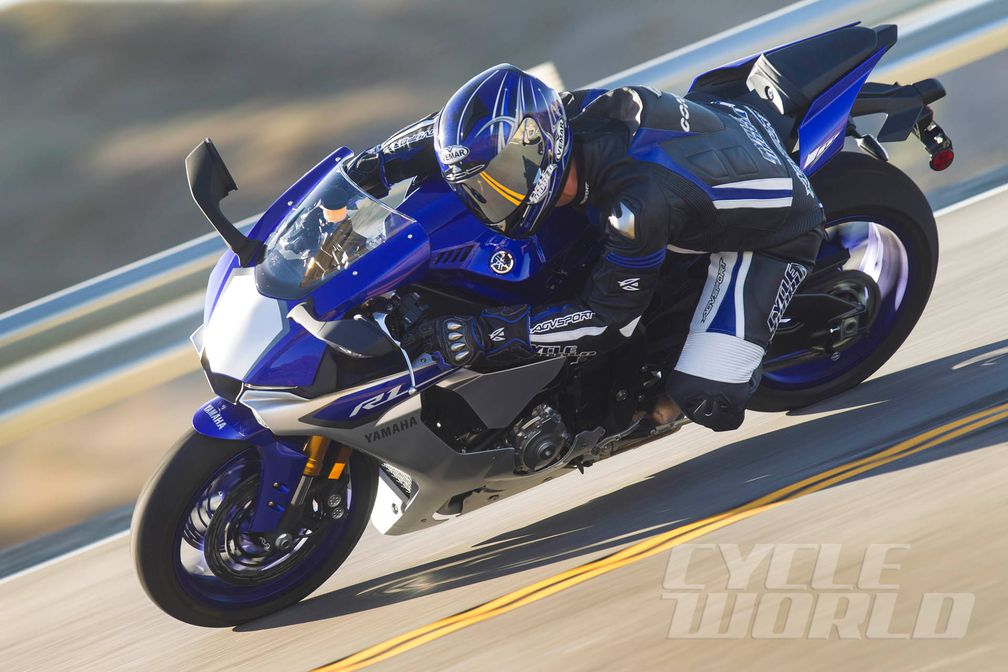 2015 Yamaha Yzf R1 Sportbike Motorcycle Review Cycle World
