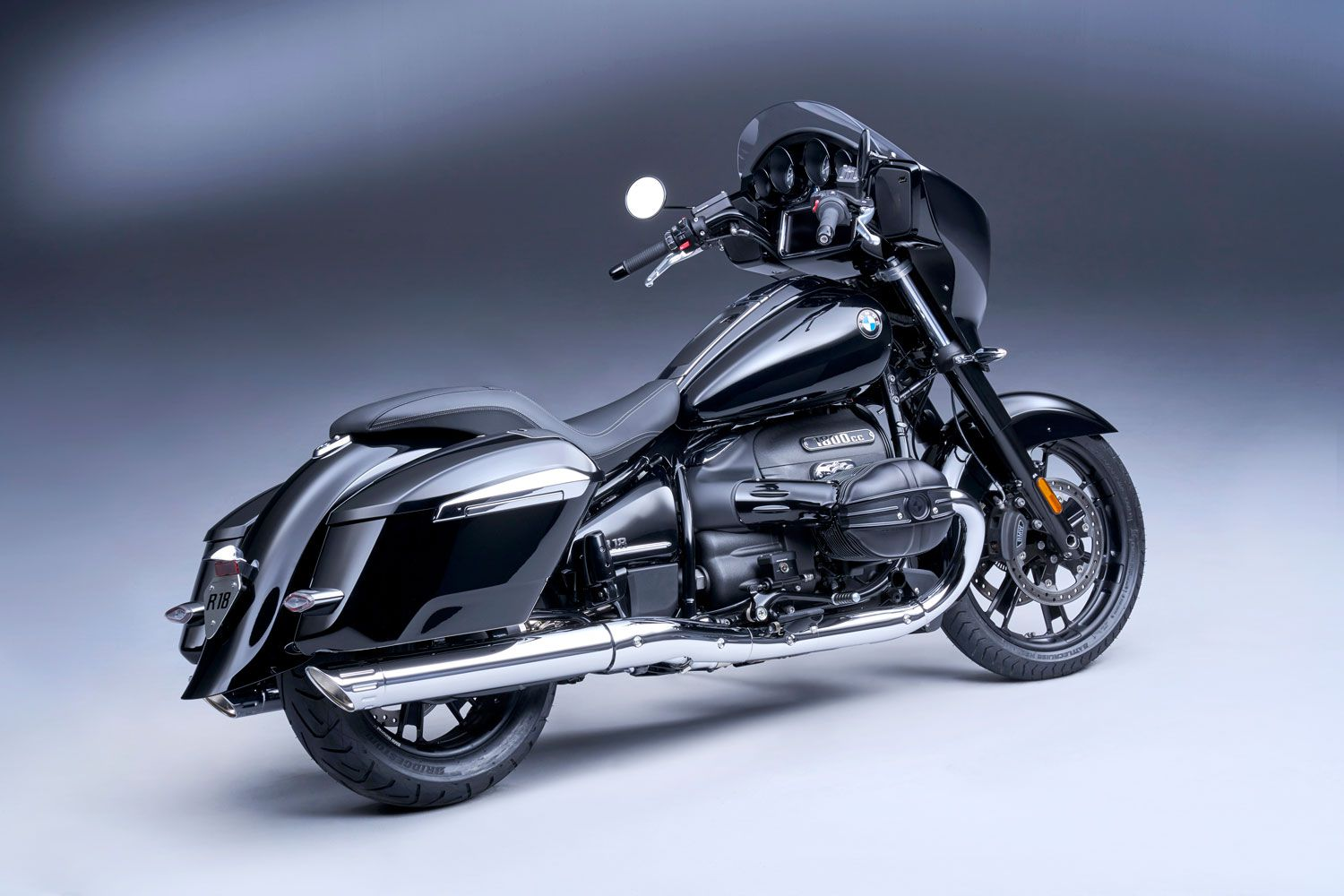 The 2022 BMW R 18 B bagger model in gloss black paint.