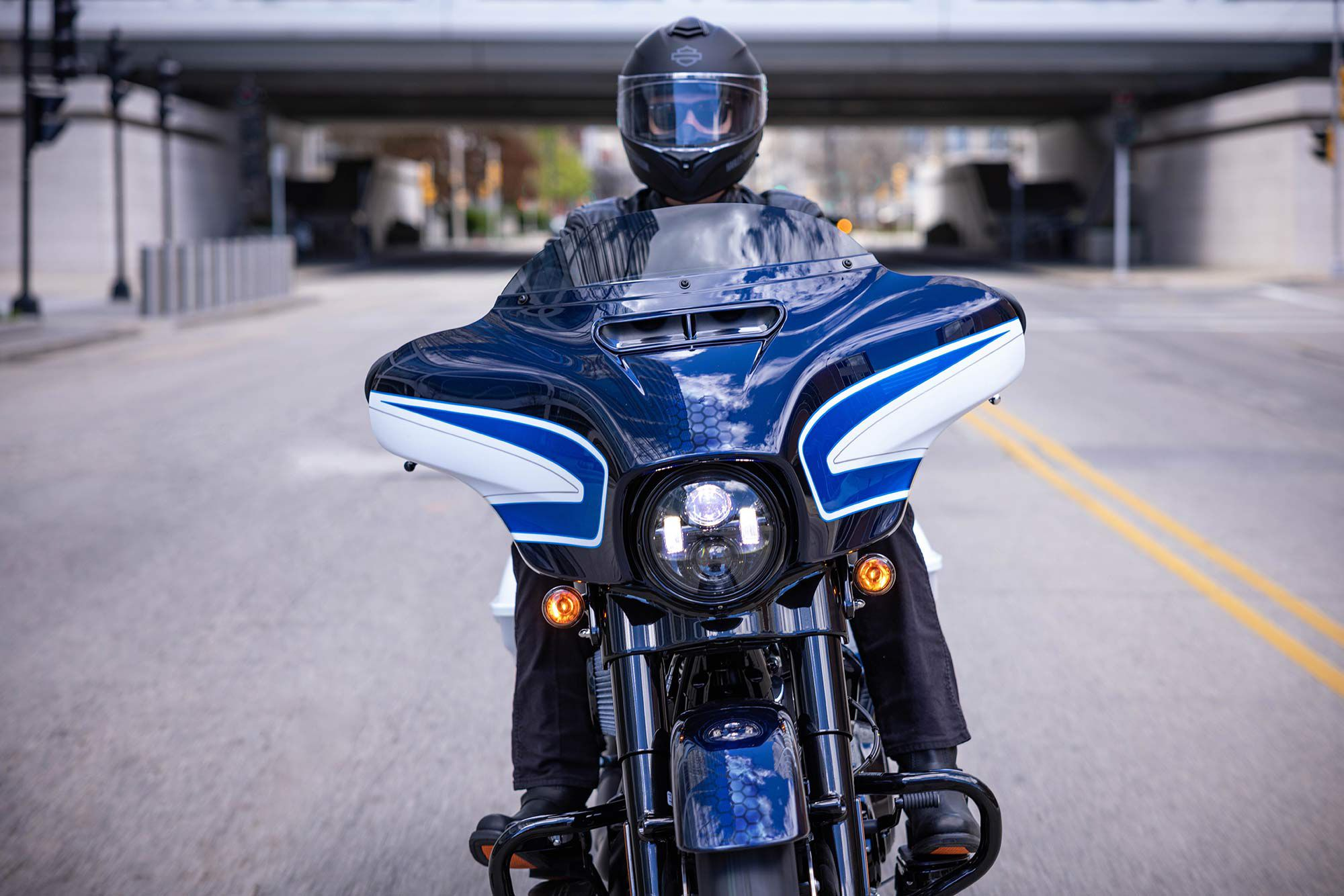 Arctic Blast paint adds an exclusive and custom flair to the already-tricked-out 2021 Street Glide Special model.