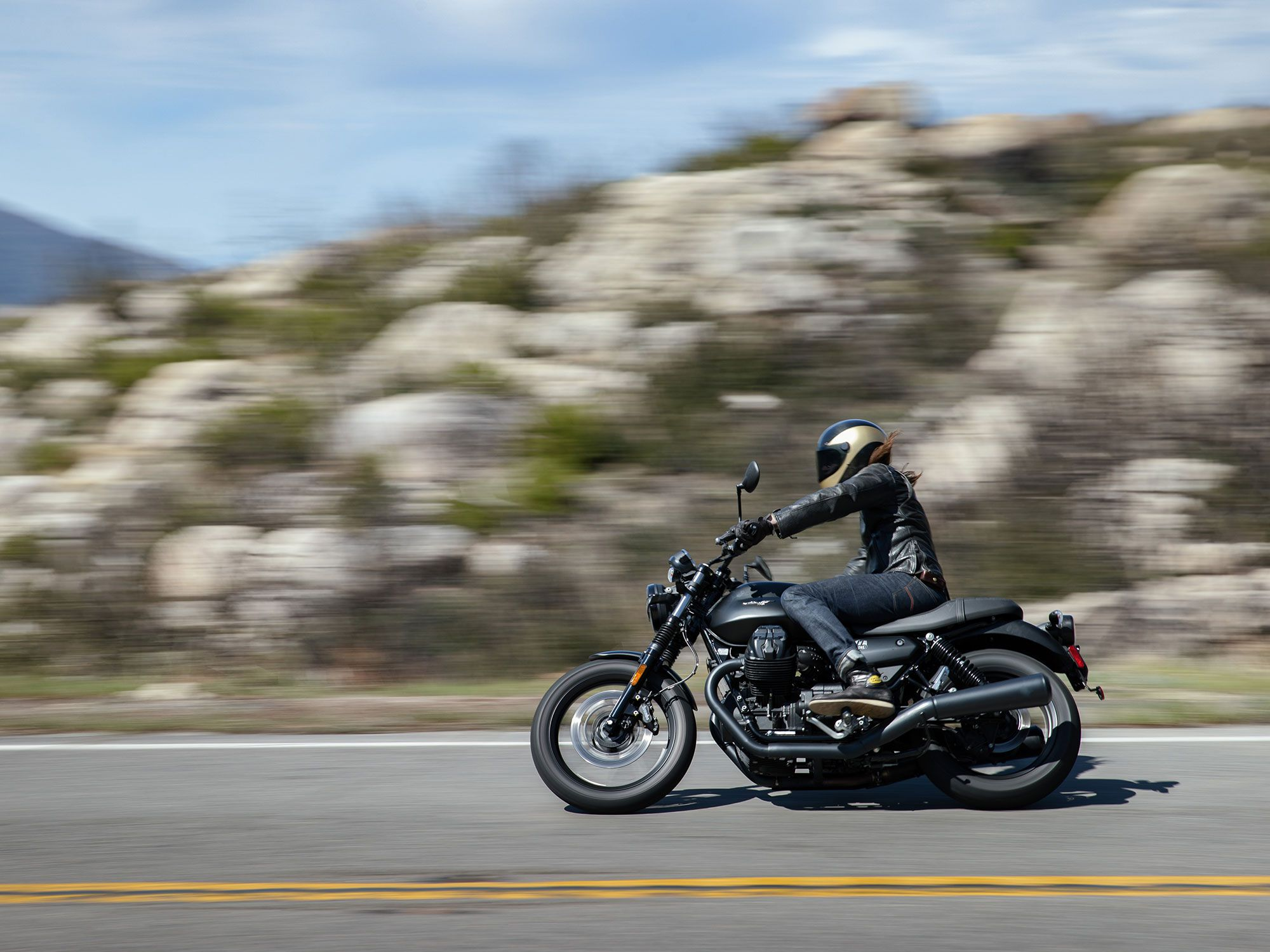 Our first ride test took place in the California desert outside of Palm Springs—a great destination for both wide open and twisty roads.
